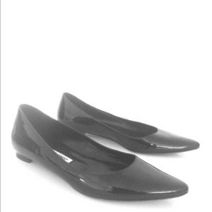 Manolo Blahnik Black Patent Leather Flats 37